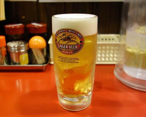 熊本ラーメン 赤組(熊本上通町)ラーメン屋でこうやって呑むのも初めての体験♪