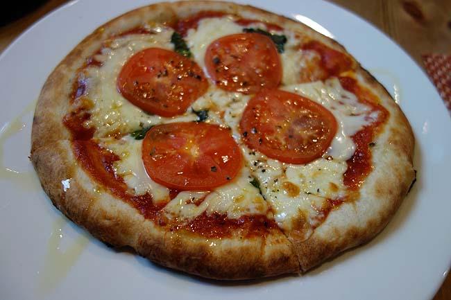 ボナ フォルトゥーナ ネロ[Buona Fortuna Nero](兵庫豊岡)地方都市イタリアンでゆったりピザランチ♪
