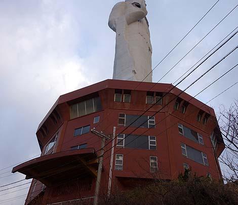 廃墟 世界平和大観音像(兵庫淡路島)B級珍スポット
