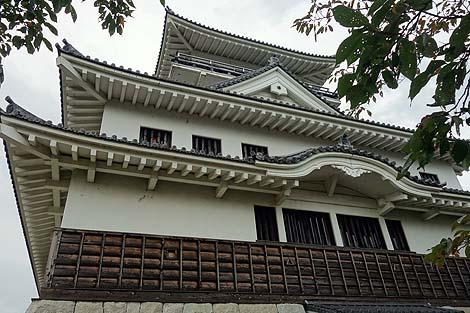 すいませんニセ城ではなくて模擬城でした「お城山展望台 河原城」(鳥取市)