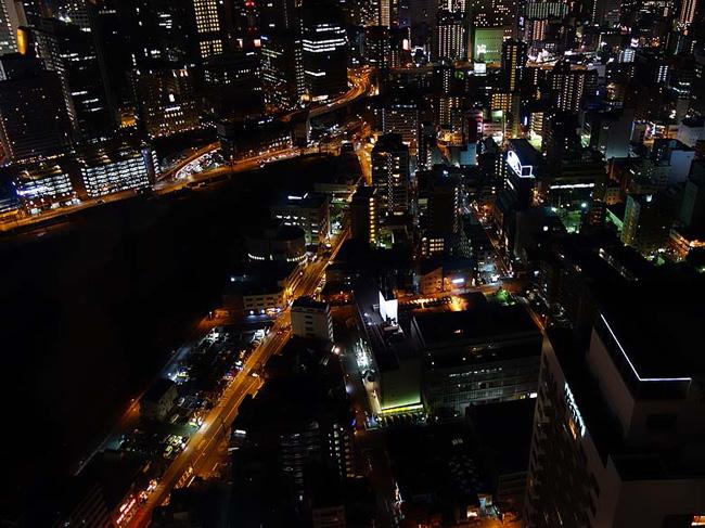 大阪最高の夜景デートスポット!空中庭園展望台(大阪梅田スカイビル)