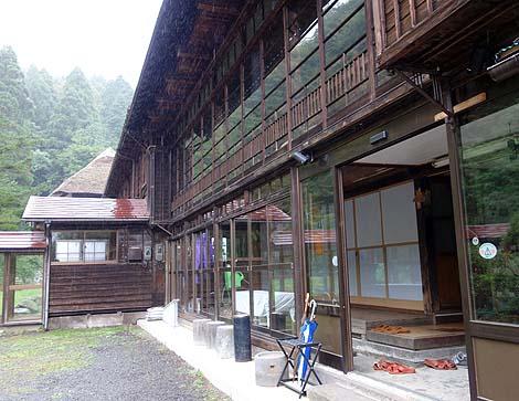 この旅トップ5にランクインする源泉かけ流しだと思います「微温湯温泉 旅館ニ階堂」(福島市)