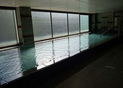 でっかいジャングル風呂は西日本最大級の露天風呂に変わっていた「奥道後温泉 壱湯の守」(愛媛松山)