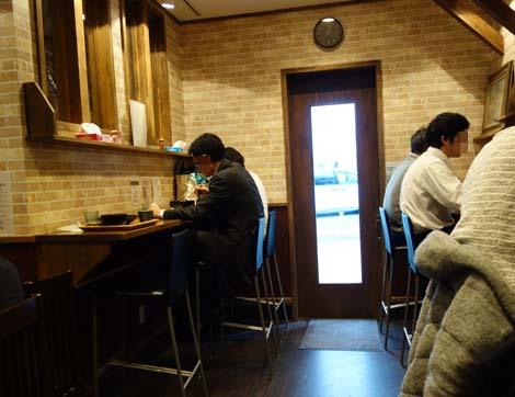 十割そば「東京バッソ」(東京日本橋馬喰町)ランチは大盛り無料の500円を切るレベルの高い十割蕎麦