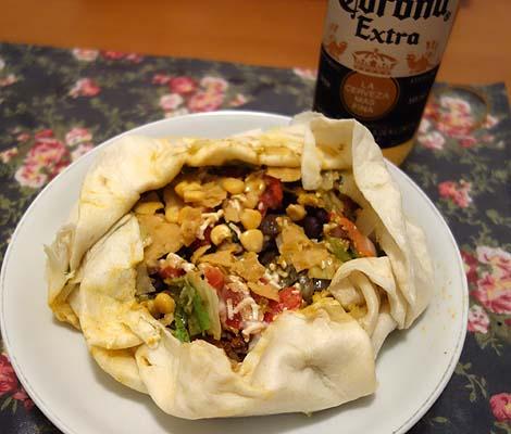 ウムウム グッド ブリトーズ [umum good burritos!](東京駅丸ビル地下街)珍しいメキシコ料理のテイクアウト