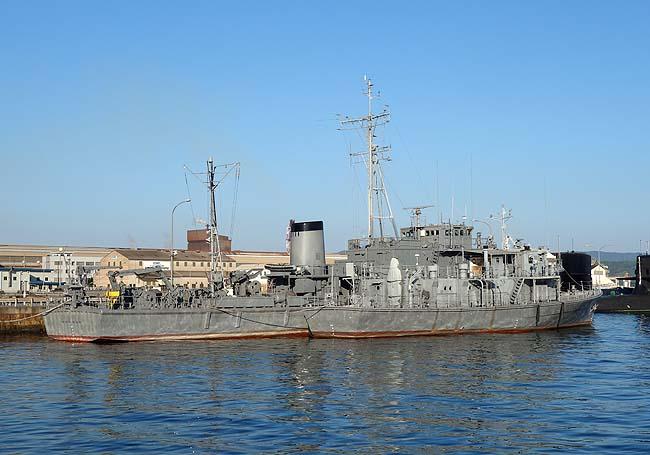 日本国内で唯一陸上から現役の潜水艦が眺められる場所「アレイからすこじま」(広島呉)