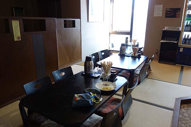 朝食付き税込み2600円!激安ホテル無料朝食の内容は?「サウナ&カプセル・ファーストイン高松」(香川)