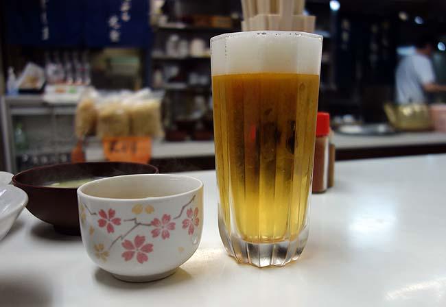 天ぷら定食 ふじしま(福岡小倉)580円の天ぷら定食に生ビールで小倉はしご酒の開始!