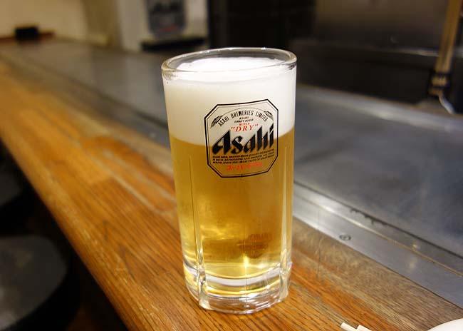 八紘[はっこう](広島銀山町)広島お好み焼きを食べるのもこれで最後?そば肉玉とビール