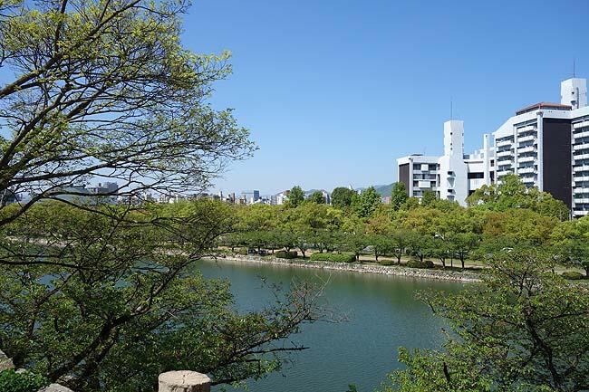 原爆の爆風で倒壊することがなければ風情ある現存城やったでしょうね・・・「広島城」(広島市)
