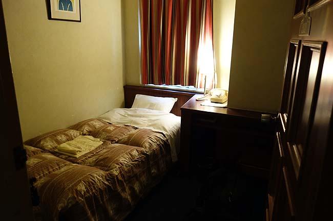 広島繁華街でシングル個室3000円で宿泊できるビジネスホテル「ホテル28」(広島市)