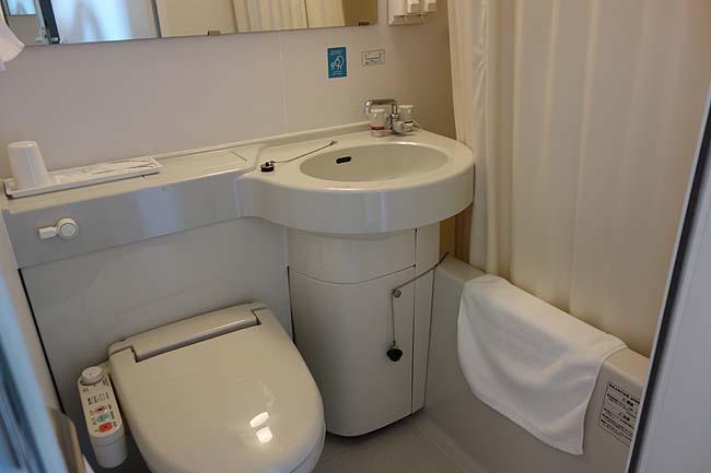 激安!シングル1泊税込み2500円ですが非常に満足いく宿泊でした「ウィークリー&マンスリー宮崎」(南宮崎駅)