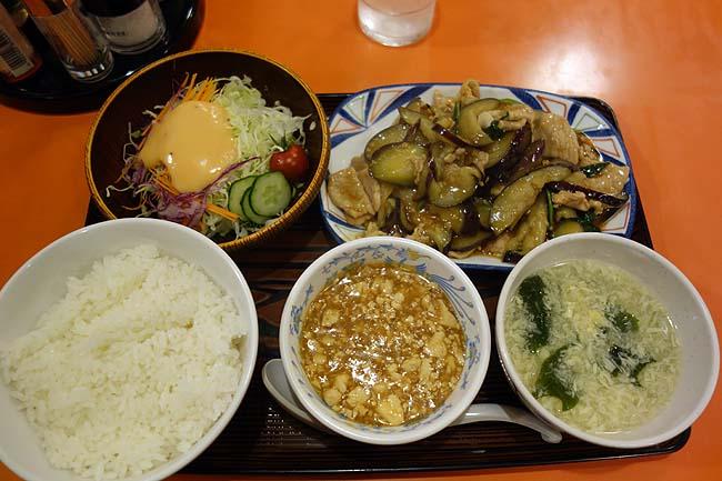 中華料理 香州(北海道札幌狸小路)平日限定お得ランチにて豚肉とナスの四川風炒め