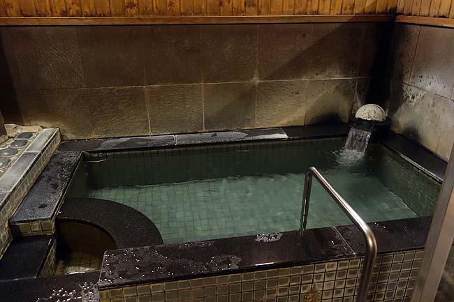 スーパー銭湯に併設されたカプセルホテル「フレスパランド カッタの湯 カプセル in UBE」(山口宇部)