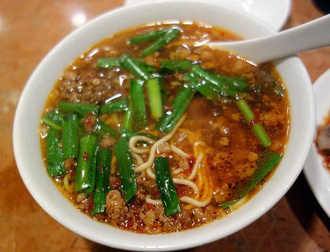 名古屋でも呑むゼ!本格台湾料理の元祖でその味にガツンと衝撃を受けました(日本一周364日目後編)