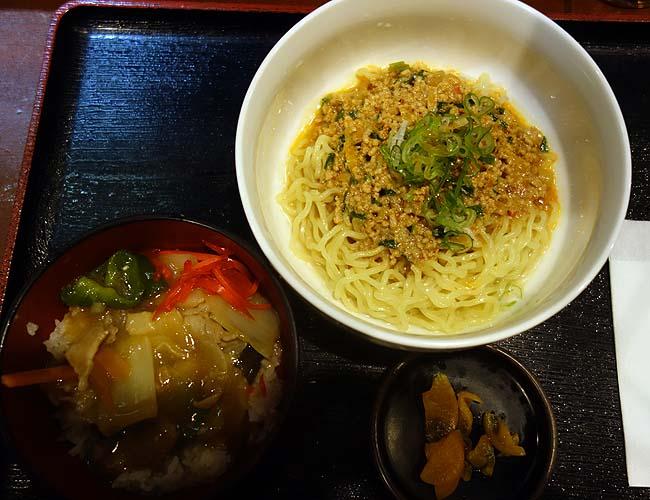 四季の蔵(北海道札幌大通)銘酒が豊富な居酒屋さんでの中華ランチが本格的やった