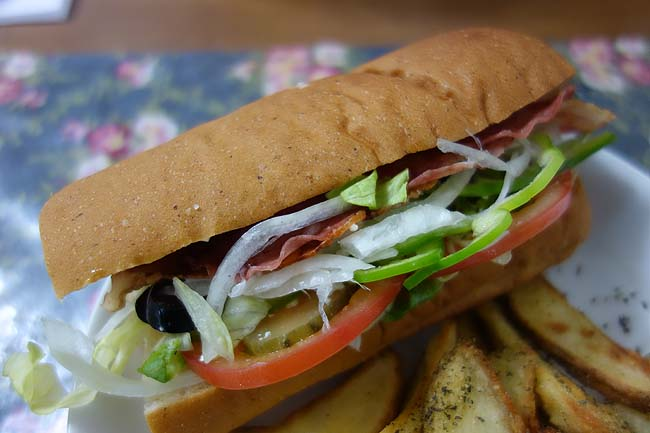 サブウェイ[SUBWAY] 日本生命札幌ビル店(北海道)ここのサンドイッチって改めて食うと旨いね「BLTサンド」