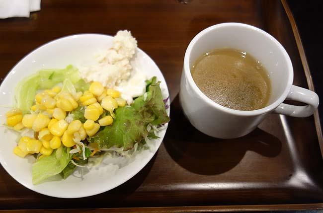 TKPカフェテリア(北海道札幌)平日限定カレーバイキングは700円でいただけるとは思えない質・・・