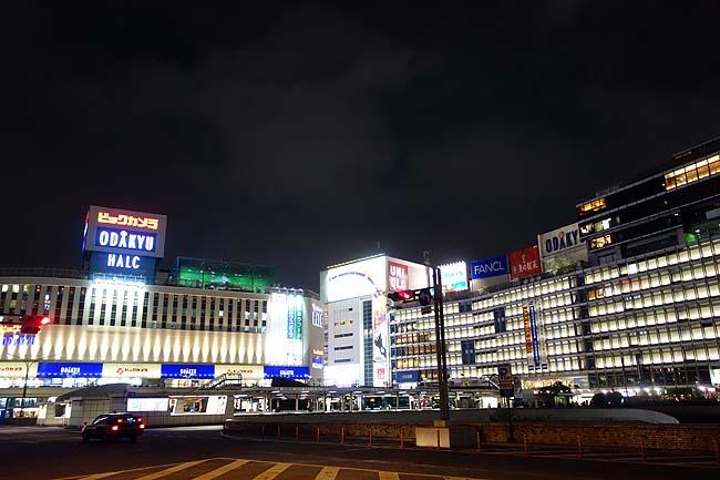 まだまだ新宿徘徊は続きます♪その最後を飾るのは都庁からの夜景で〆ますか