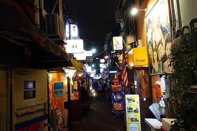 新宿ゴールデン街ってホントにオカ○ばっかなの?〆はラーメンやなく焼魚定食?