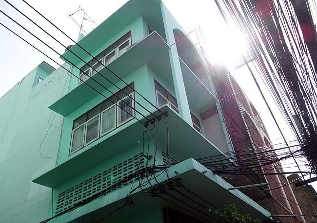 バンコク市街地での初宿泊はバックパッカーのための宿?果たしてコミュ障がそんなとこ泊まれるの?