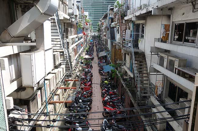 いよいよバンコク行動最終日!涼しく過ごすにはやっぱサイアム地区にやって来てしまう・・・