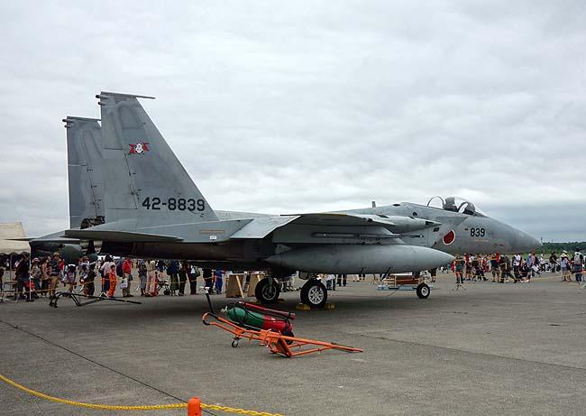 F-15イーグルをこれだけ間近に見る機会はなかなかありませんよね「航空祭」は楽しい
