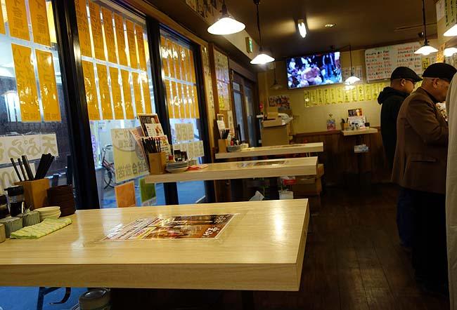 魚漁 京橋店(大阪)18時までのちょい呑みセットがお得!1杯目が100円で呑める立ち飲み店