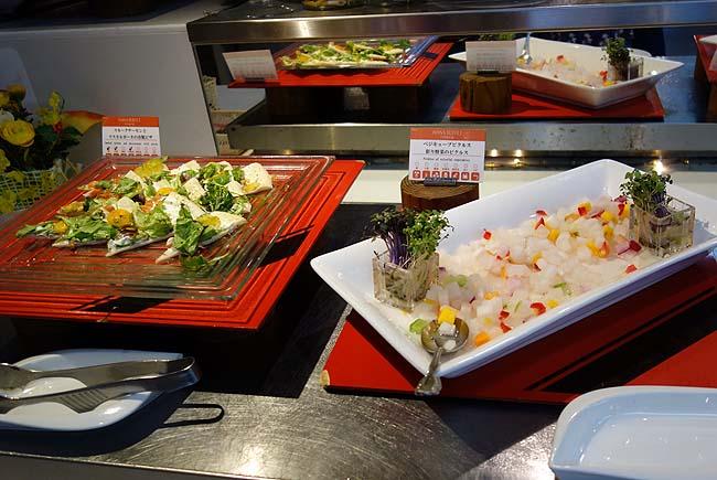 阿寒の森鶴雅リゾート花ゆう香(北海道)フレンチ中心の夕食バイキングはさすが高級ホテルの品数!