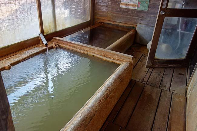 東洋のナイアガラ滝と一番好きなシュワシュワ炭酸泉「長湯温泉」で宿泊です