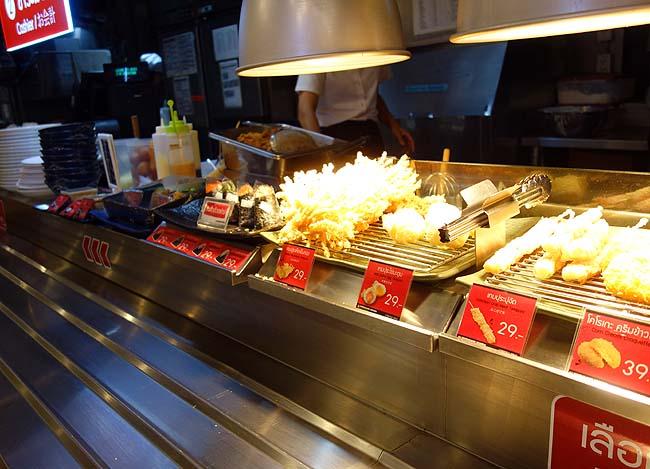 丸亀製麺 ターミナル21 スクンビット店(アソーク)タイバンコクらしくない馴染みの冷やしうどん