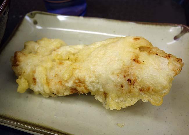 正家(香川)高松うどん巡りの2軒目はちゅるるんとした麺のぶっかけうどんで鶏天付き