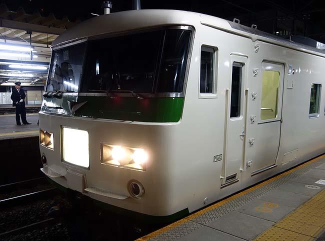青春18きっぷが使える夜間快速「ムーンライトながら」号で大垣→東京へ(鉄レポ)