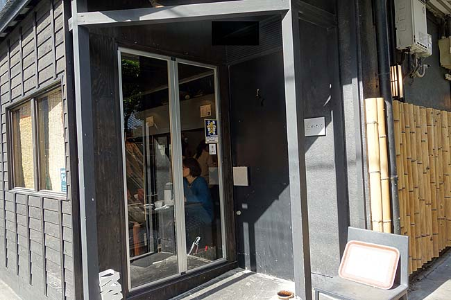 過去2000軒以上食ったランチの中でも最高峰の店に博多天神で巡り会えました♪博多街巡り