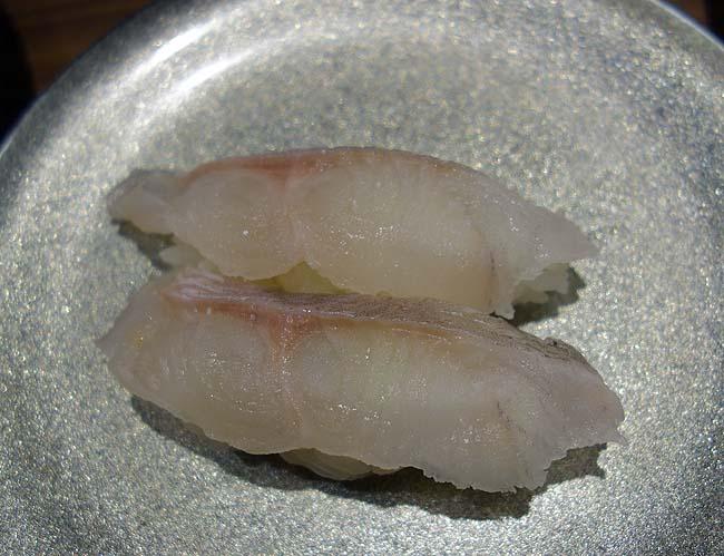久々の札幌での夜呑み♪回転寿司で北海道の魚をいただきちょっと変わったつけ麺でも食おう