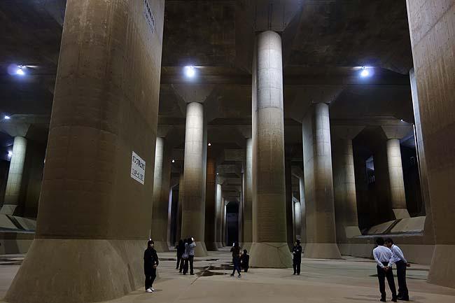 地下神殿のような神秘さ!そしてゲストハウスのような浅草の宿でコミュ障はどう対応?