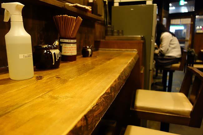 嵯峨谷 神保町店(東京)かき揚げ付きの十割もりそばとプレモル呑んでわずか600円!
