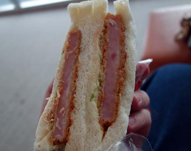 サンドイッチ工房 サンドリア[sandria](北海道札幌)24時間営業のめっちゃ種類の多いサンドイッチ専門店