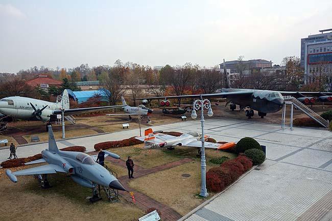 韓国でもやっぱ乗物系博物館めぐりは欠かせない♪「戦争記念館」は見応えあります