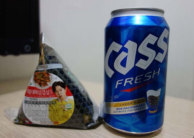 韓国ビールとマッコリ呑みつつ初めてのソウルの夜はうだうだと静かに眠るのでしょう