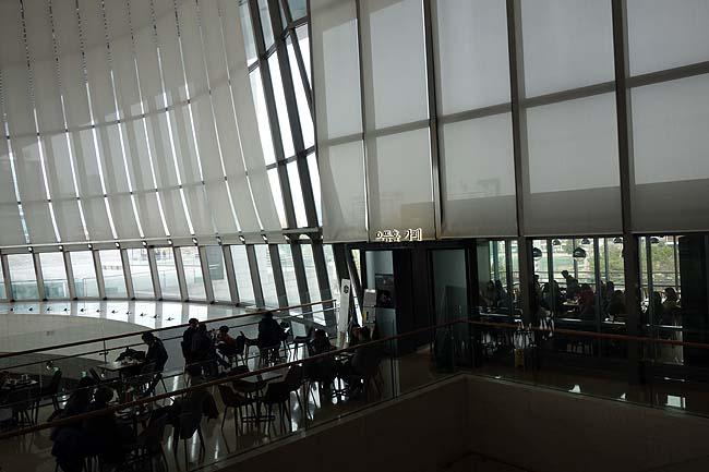 韓国はこんな大規模な博物館でも無料で入館できるのが嬉しいね♪「ソウル国立中央博物館」