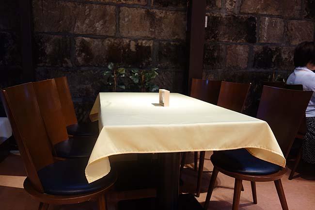 The Sun 蔵人 本店(北海道)コーヒーミネラルウォーターは無料のセルフカフェがあるスイーツ屋さん