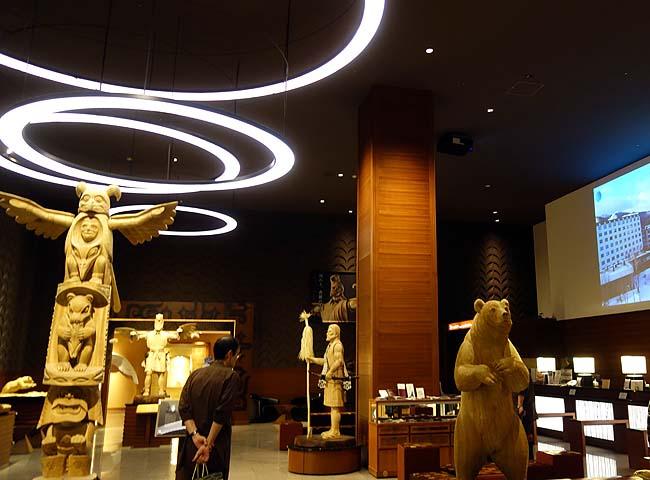 「鶴雅」の高級な本館にもグループホテルに泊まれば温泉が利用可能♪本日も贅沢な温泉三昧
