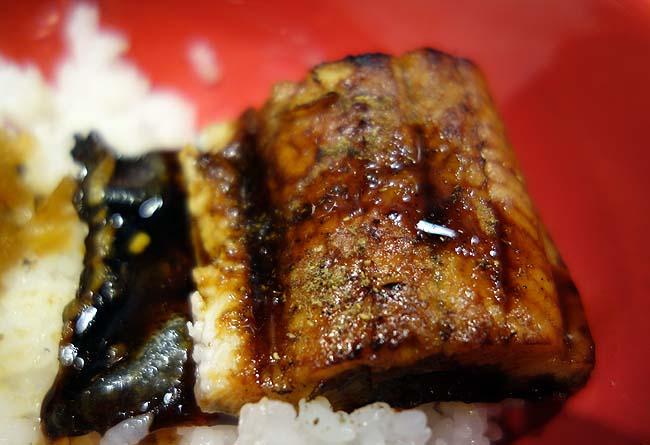 うなどん丼 秋葉原末広町店(東京)やっぱこれやと閉店するよね・・・ワンコイン500円炭火焼鰻丼