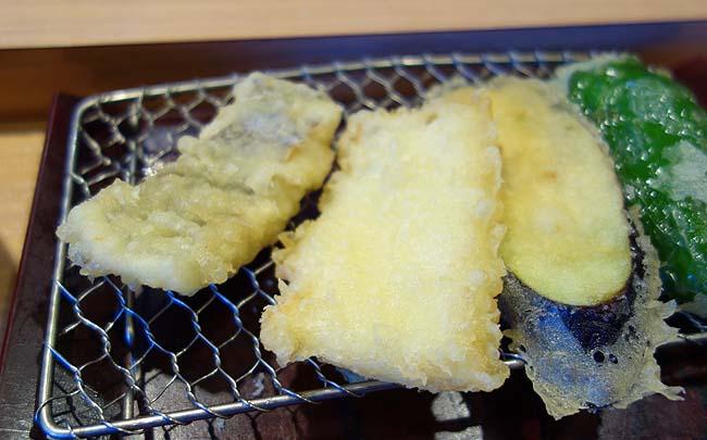 やまみ 木場店(東京)ご飯、明太子、辛子高菜が食べ放題の博多天ぷら定食