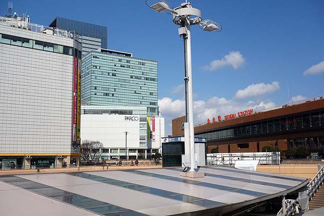 仙台駅周辺のぶらり散歩も疲れた・・・ずんだシェイクを飲んでちょい休憩