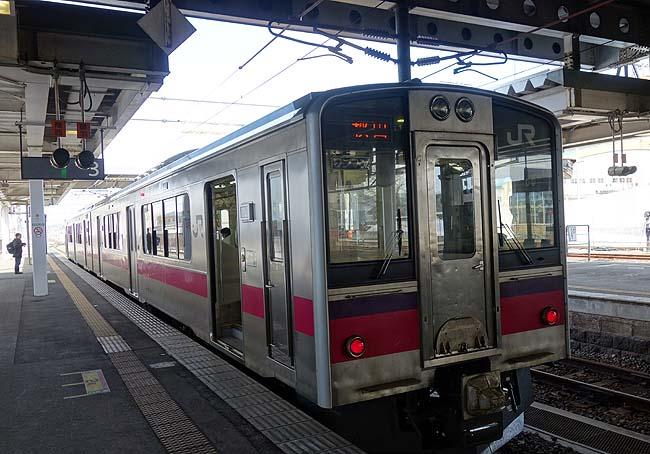 山形「新庄駅」から鈍行列車で向かう目的地は「秋田駅」♪これぞ普通列車旅だね