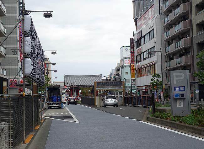北海道&東日本パス4日め~千葉へお城とUFOを見に行き新宿で信州そば