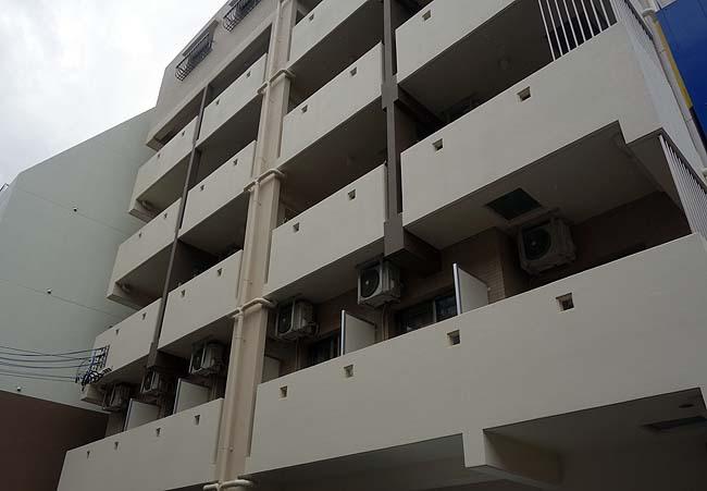 沖縄の宿「ふぁみり~inn」1人あたり宿泊料2700円!激安の都心にあるコンドミニアム(那覇)