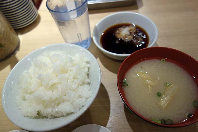 ネットカフェ泊で天神から中洲へブラブラと♪ここの博多天ぷらはホント安くて旨いの典型だ